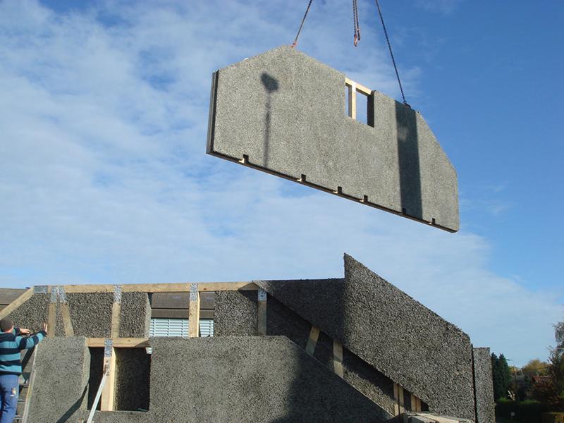 Attractive maison prefabrique en beton 2 premur for Maison en beton banche