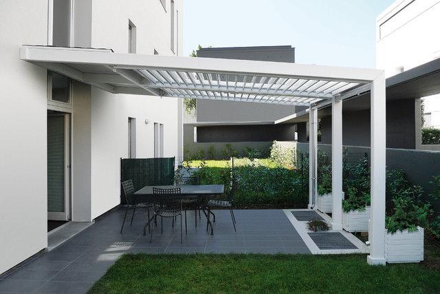 pergola en bois ou en aluminium construire ma maison. Black Bedroom Furniture Sets. Home Design Ideas