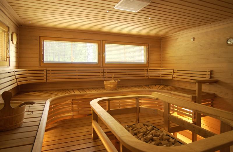 sauna a plusieurs personnes construire ma maison. Black Bedroom Furniture Sets. Home Design Ideas