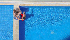 carrelage de piscine bleu1